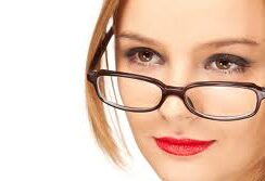contact_lenses_and_spectacles_clip_image002